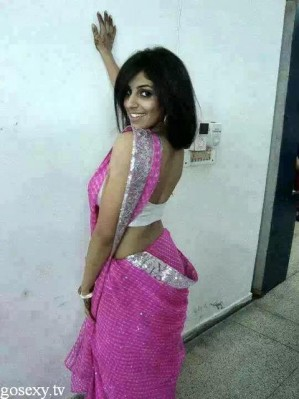 indian very low cut blouse sexy hot pics