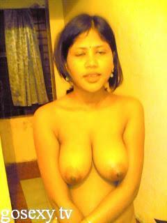 desi bhabi in indian grils in toilet sex