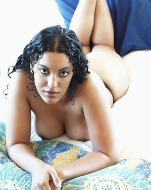 naked desi housewives aunties