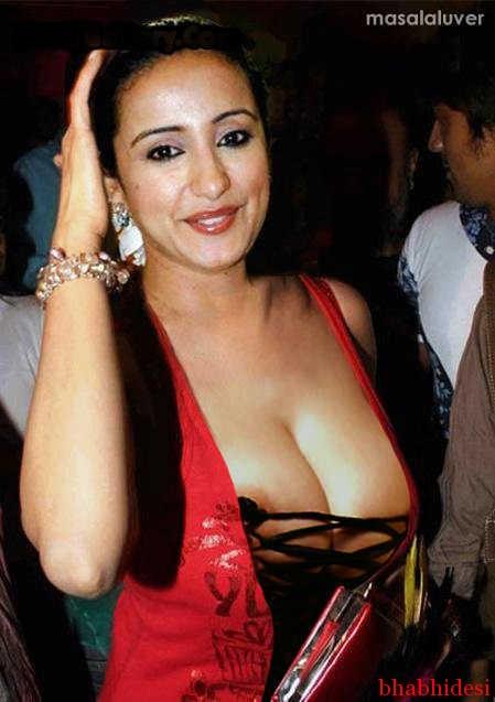 indian nipple slip nude