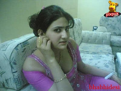With Pakistan girls beauty boobs information