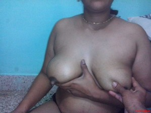 sexy mallu auntie nude