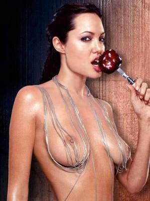 Who has big boobs in hollywood actress photos