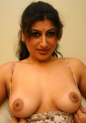 jainis women sexy big hot naked boobs
