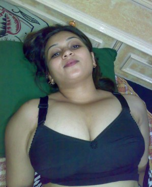 xxxl breast of indian girl