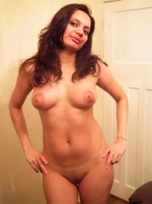 Cute Indian Girl Friend Posing Naked