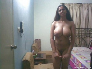 huge boob desi wives nude pics