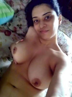 young indian girl semi naked pic