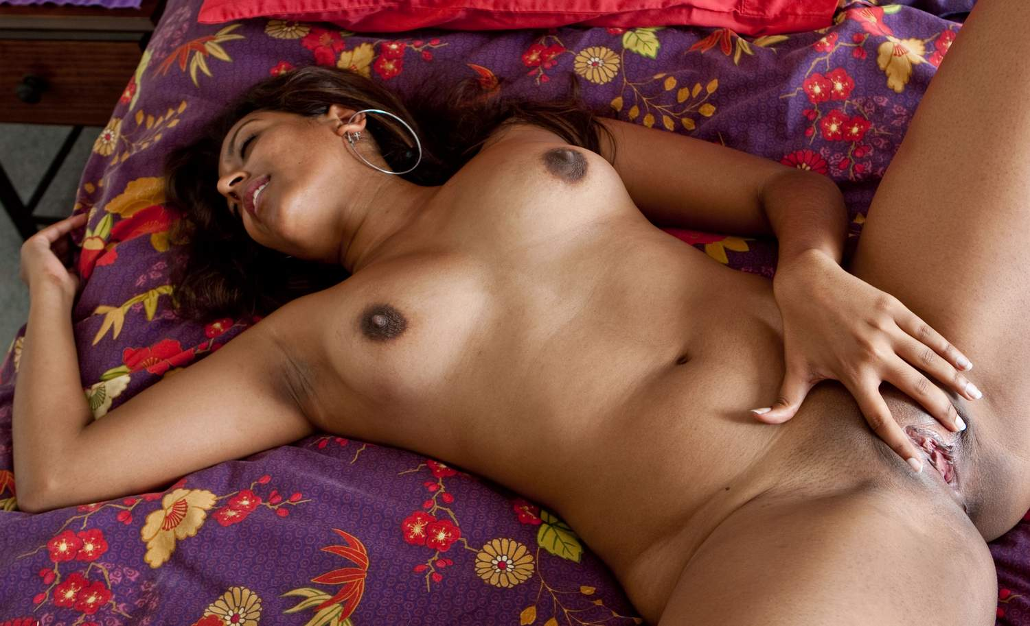 Beautiful Indian Young Girls Naked Body Pics-4193