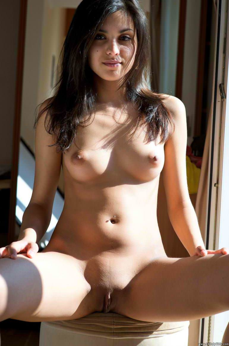 Beautiful Indian Young Girls Naked Body Pics-1198