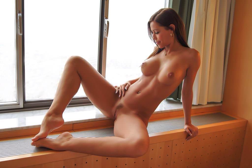 Strip club nude sex