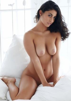 Naked call girls