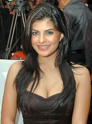 Srilankan Top Model: jacqueline fernandez