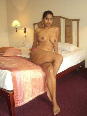 Naked Indian College Girl Mat Big Boobs Hot Sexy