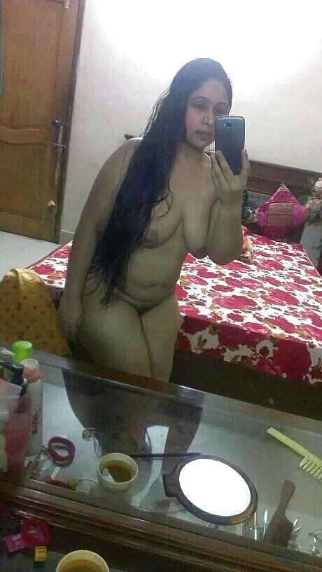 Horny Nri Desi Indian Bhabhi Sexy Hot Seductive Erotic -2604