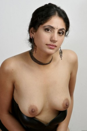 bhabhi striping her dress