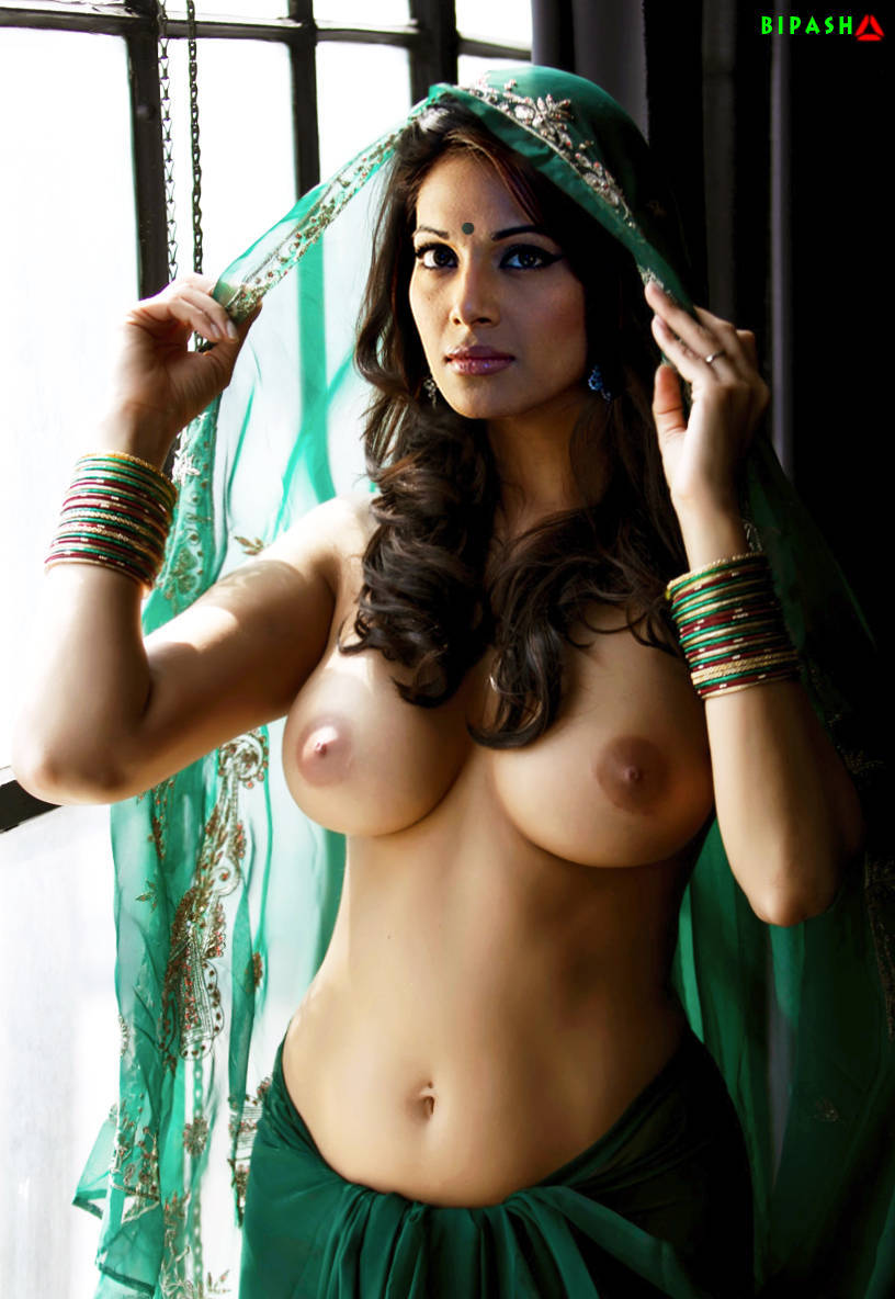Bollywood Actress Bipasha Basu Naked Pix-2339