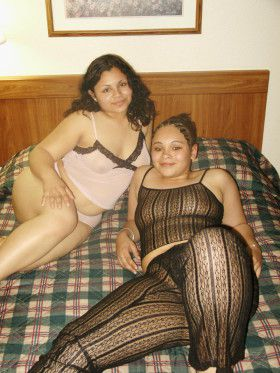 deep cleavage indian lesbian girls hot sexy big mamme