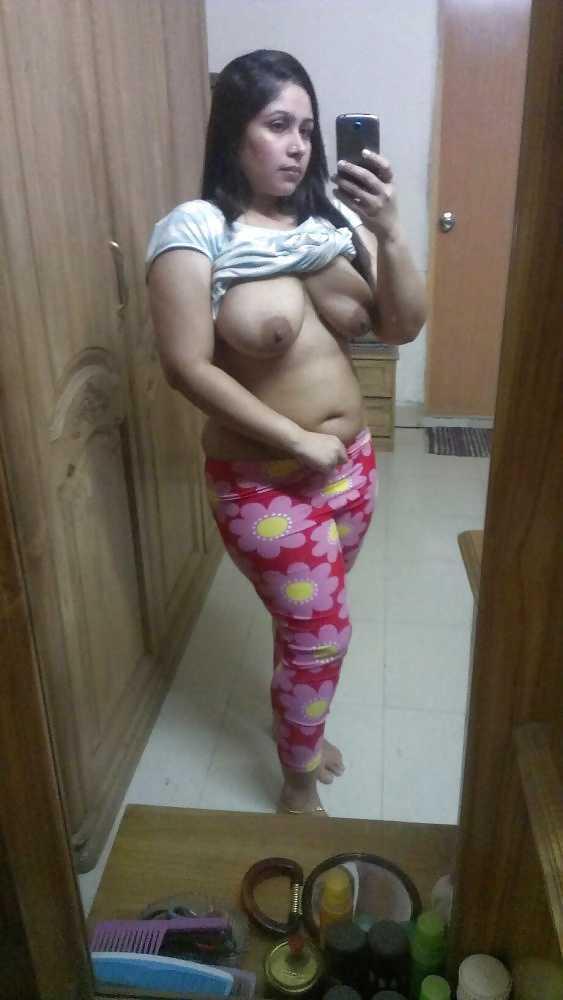 Horny Nri Desi Indian Bhabhi Sexy Hot Seductive Erotic Porn Xxx Pics-7500