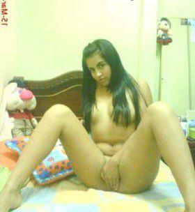 Desi Indian Punjabi NRI Girl Nude Chut Fuck