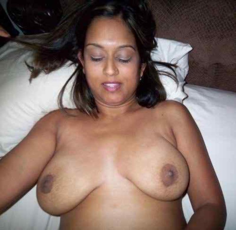 Bollywod boob