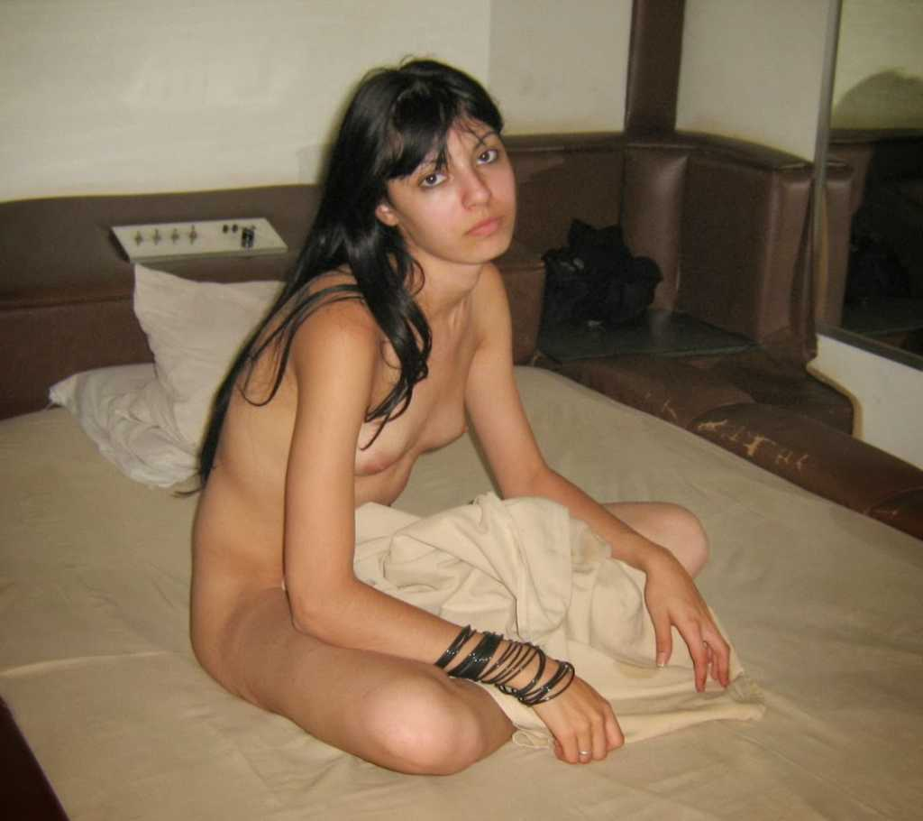 Desi Sexy Indian Girl Naked Stripping Selfie Photoshoot-6909