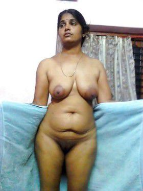 indian house wife nude photo