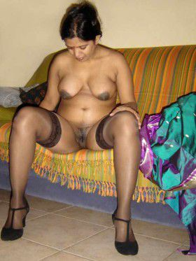 Indian housewife sexy pussy pictures