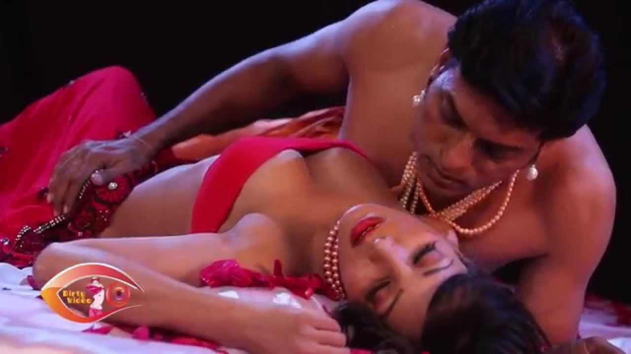 Download Indian Bhabhi Real Suhagraat Sex Pics