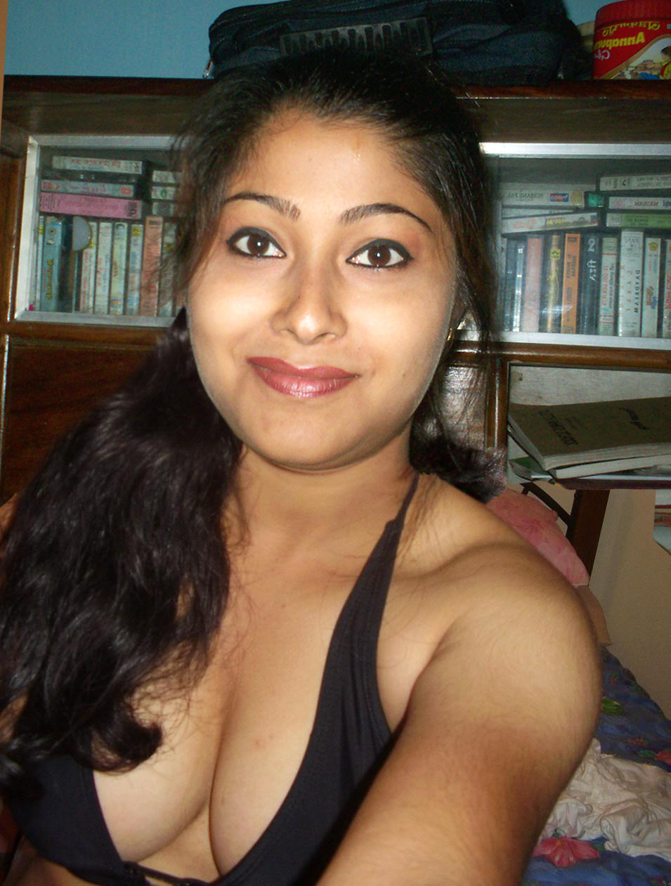 indian girl public boobs images
