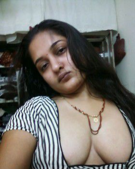 indian prostitute showing her boobs