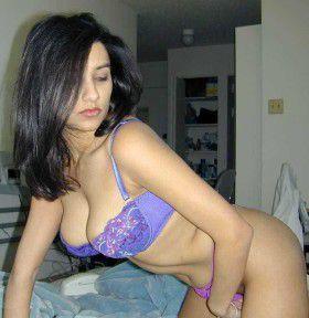 Kamwali Bai Desi Nude pic