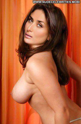 Kareena Kapoor Horny Babe Gorgeous nude posing xxx porn pics