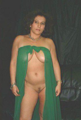 nude aunty underwear bra nude pics