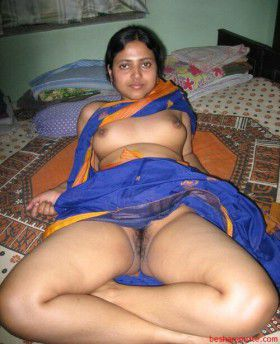 Real desi village housewives nude pics