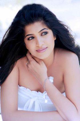 South Indian Porn Girl Madhu Hot Photoshoot