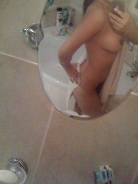 young college girl snapchat nude pics