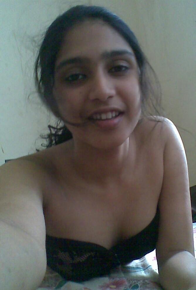 deep cleavage indian teen girl hot sexy