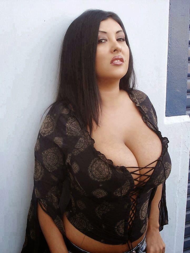 Beautiful naked arabin girls