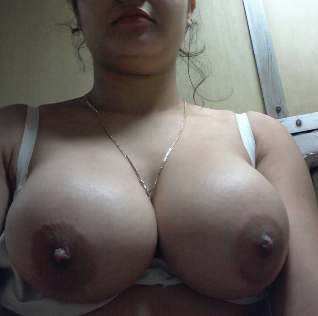 Nude Indian Girls Big Juicy Boobs Photos-8646