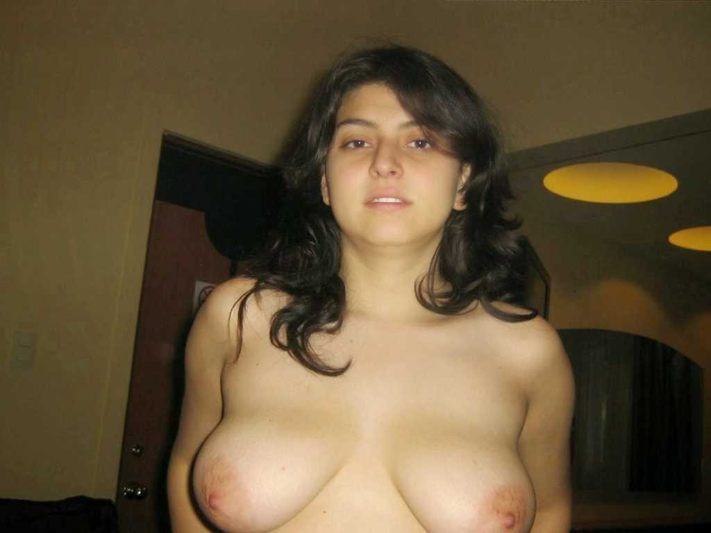 naked big boobs amateur women