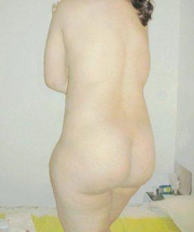desi nude white hips