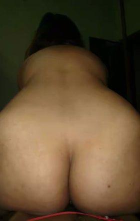 desi sexy ass babe