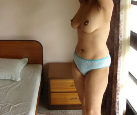 indian bhabhi sexy boobs