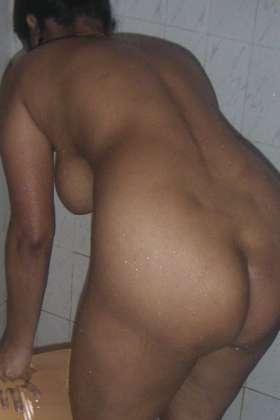 nude desi indian bum photo