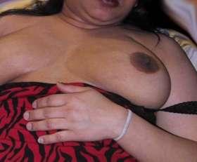 sexy aunty nipples horny