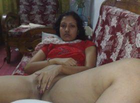 sexy aunty nude horny