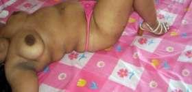 sexy nude aunty naughty