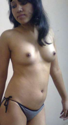 sexy nude babe figure