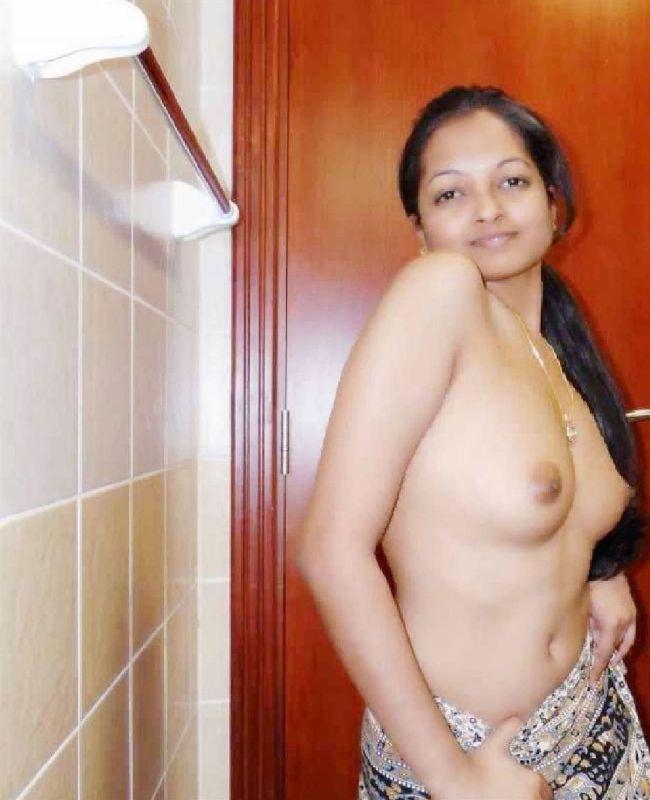 Big Boobs Nangi Desi Teen Photos